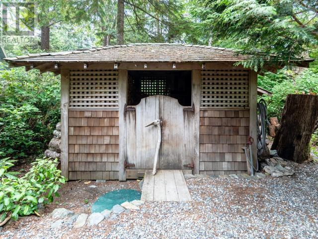 1375 Thornberg Cres, Tofino, British Columbia  V0R 2Z0 - Photo 16 - 458528
