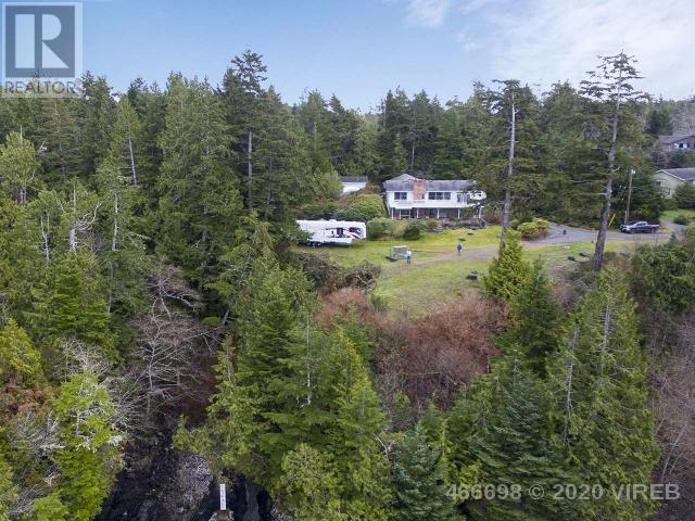 261 Cedar Street, Tofino, British Columbia    - Photo 6 - 466698